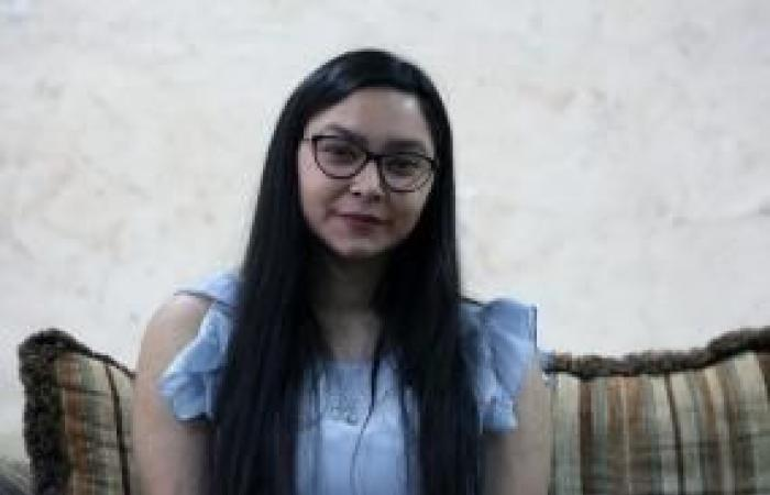 فلسطين | الطالبة روان أبو ريحان الأُولى مكرر- أدبي.. جهدٌ متواصل وإصرارٌ على التفوّق