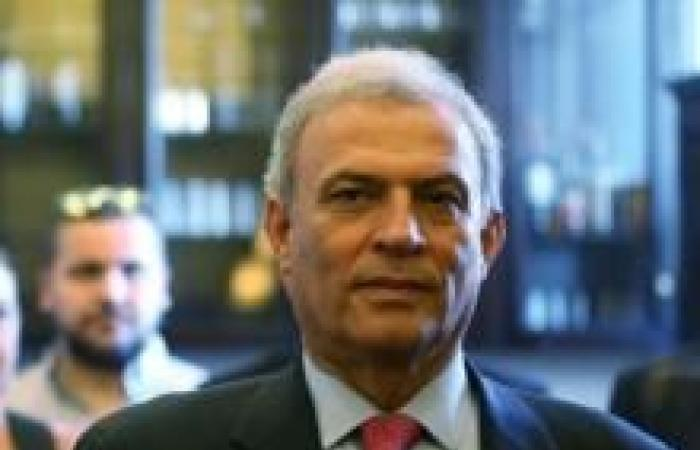 فلسطين   نائب رئيس الوزراء يزور سوريا