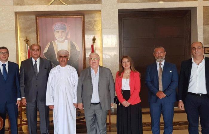 """""""التيار"""" زار سفير عُمان: انفتاح على جميع الأخوان العرب"""