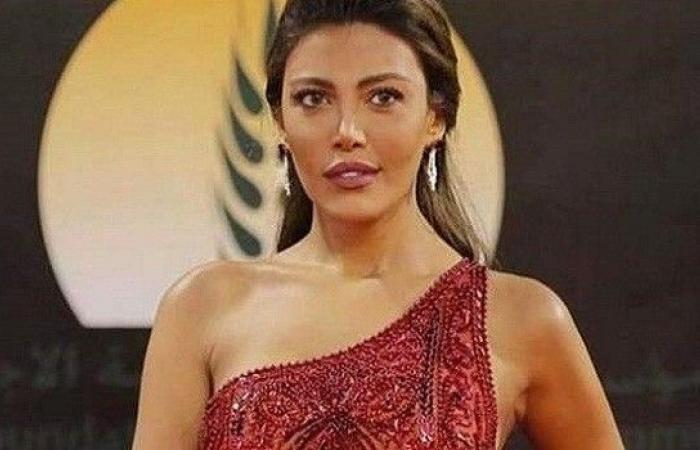 ريهام حجاج تهاجم بعض المصريين بأقسى العبارات بسبب زوجة ويل سميث