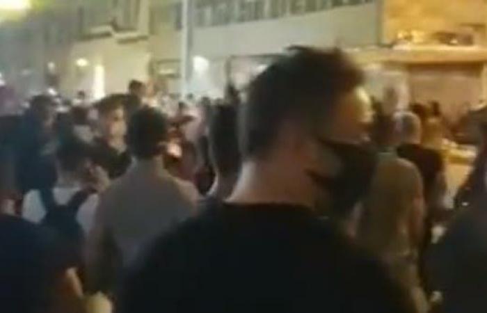 إيران   إيران .. مظاهرات مناهضة للنظام والأمن يطلق الرصاص
