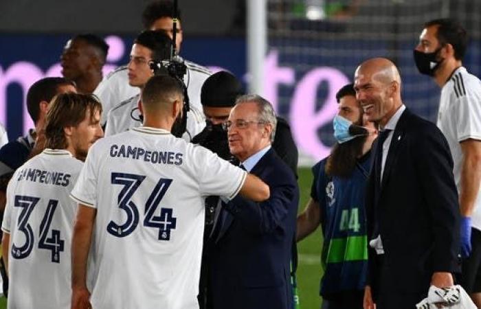 رئيس ريال مدريد يمدح تألق بنزيمة