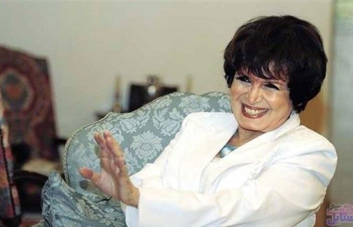 سميرة أحمد تُؤكّد أنّها فكَّرت في الاعتزال لتعثُّر إنتاج أحدث مسلسلاتها