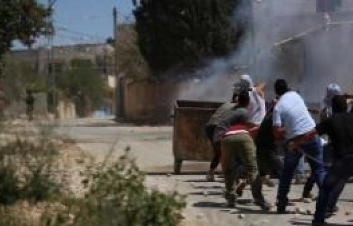 فلسطين | إصابات خلال قمع مسيرة مناهضة للاستيطان في بيتا