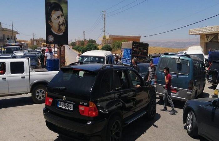 اعتصام في شعت البعلبكية بسببب فقدان المازوت وانقطاع الكهرباء