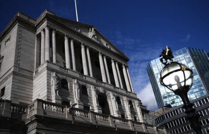 اقتصاد بريطانيا يستعيد نصف فاقد الإنتاج بسبب كورونا