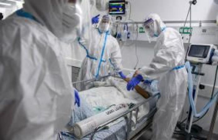 فلسطين   51676 إصابة بكورونا و415 حالة وفاة في إسرائيل