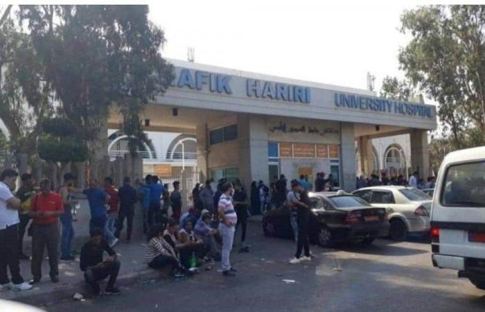 بالصور- زحمة أمام مستشفى الحريري بعد ارتفاع اصابات كورونا