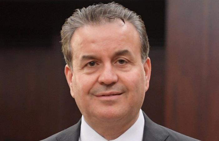درغام: خطوة الحكومة متقدمة في ظل الهدر