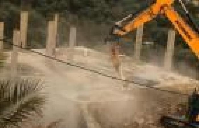 فلسطين | الاحتلال يهدم منزلاً قيد الانشاء في قراوة بني حسان غرب سلفيت