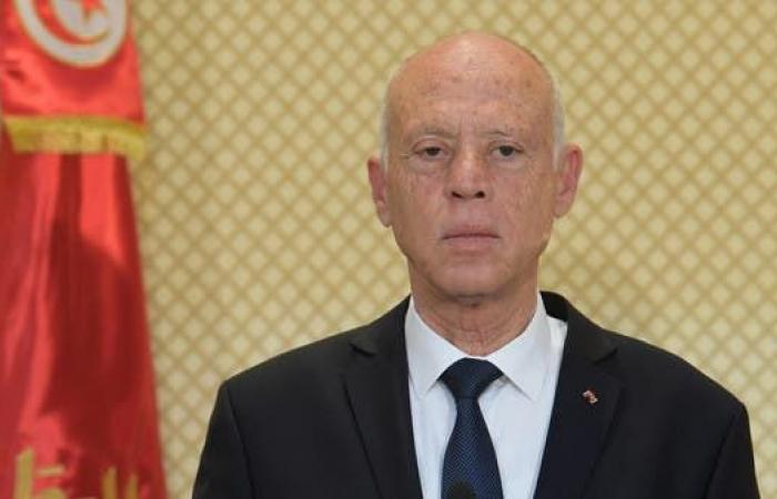 قيس سعيد: لن نقبل أن يكون في تونس عملاء يتآمرون مع الخارج