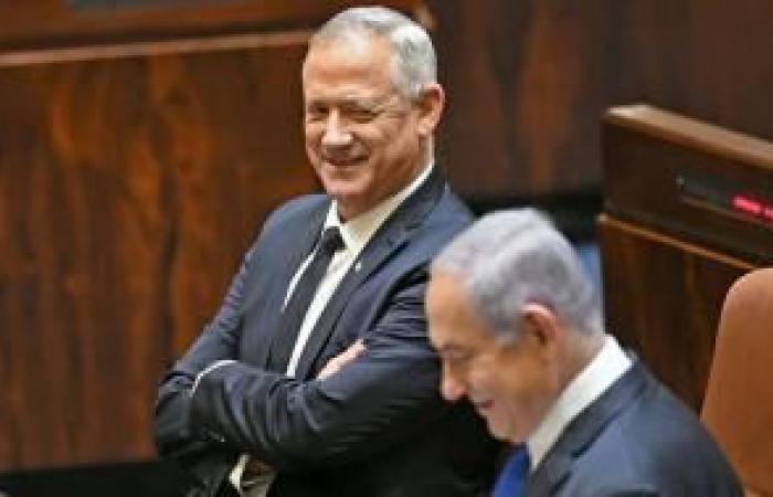 فلسطين   صحيفة عبرية: قوانين جديدة ستطرح قد تؤدي لتفكيك الحكومة الإسرائيلية