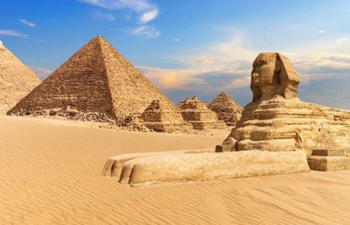 مصر | بعد تغريدة غريبة عن الأهرامات.. مصر لإيلون ماسك: ننتظرك