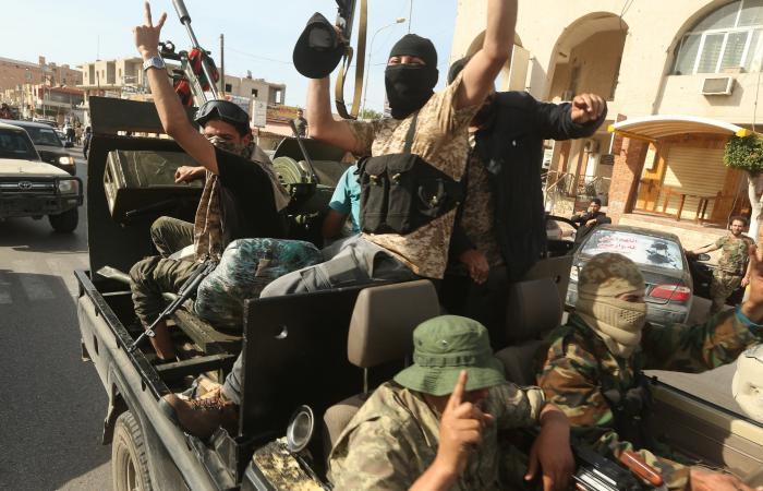 تركيا تصدر المتطرفين.. وخوف من معقل جديد في ليبيا