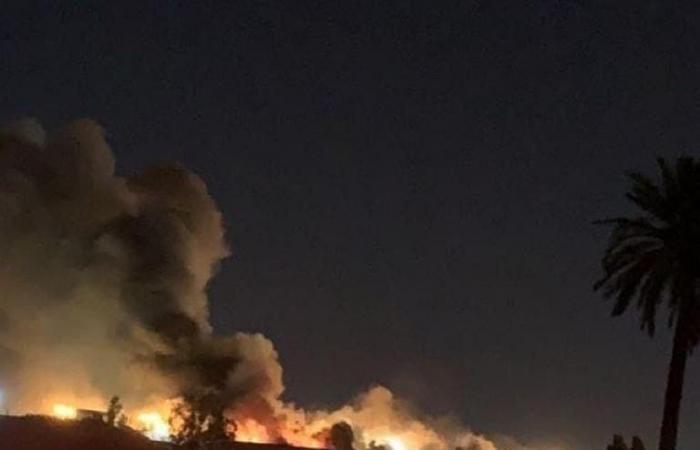 صور.. اشتعال النيران في مطار مصراتة الليبي