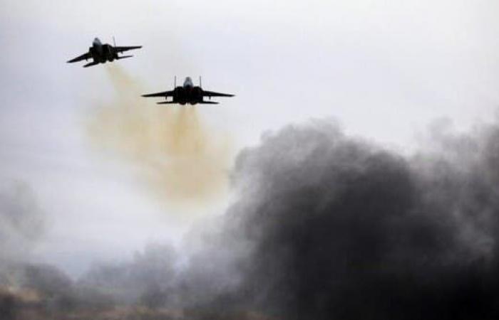 سوريا   المرصد: مقتل 15 من ميليشيات موالية لإيران في البوكمال