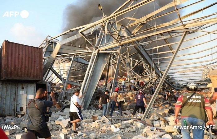 فريق الإنقاذ الفرنسي: هناك أمل بالعثور على ناجين من الانفجار