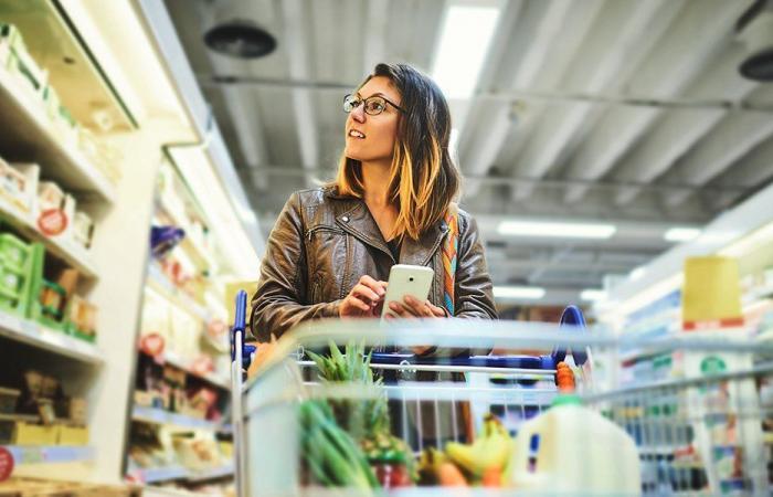 اصحاب السوبرماركت: البضائع في المستودعات تكفي حاجات السوق