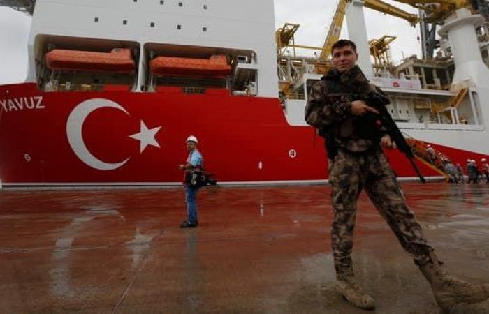 """تركيا تنتقد عملية حظر السلاح لليبيا.. وإيطاليا """"نفاق"""""""