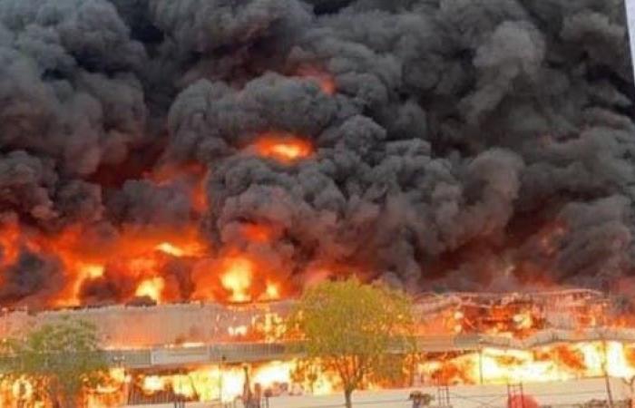 الخليج   الإمارات تسيطر على حريق ضخم في عجمان.. ولا إصابات