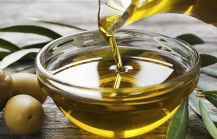 كيف يساعد زيت الزيتون على حرق السعرات والتخلص من الوزن؟