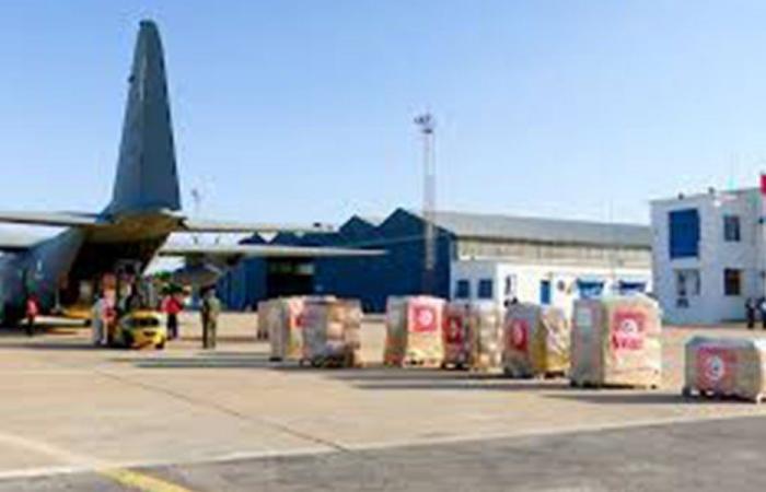 وصول طائرة مساعدات قطرية إلى بيروت