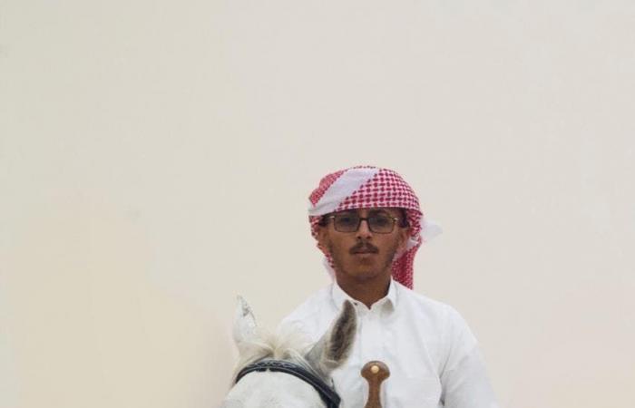 السعودية   صور لسعودي يعشق الخيل..فأصبح فارساًومدرباً