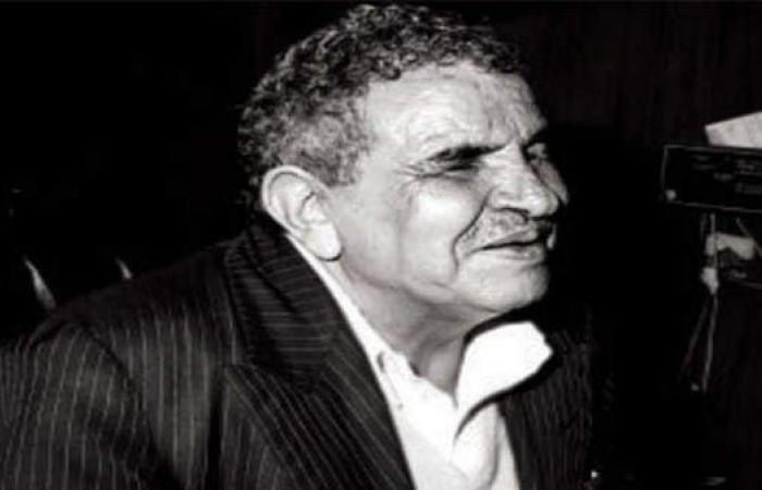 مقتنياته طمرها الركام.. انهيار منزل الشاعر اليمني البردوني