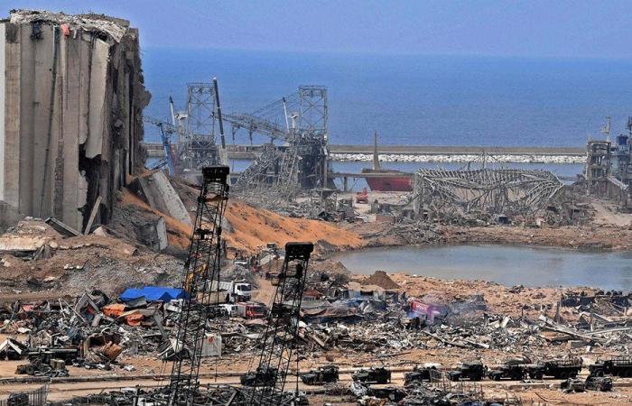 الجيش: الآمال تراجعت بالعثور على ناجين من انفجار بيروت
