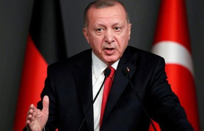 علي باباجان يحمل حزب أردوغان مسؤولية أزمة تركيا الاقتصادية