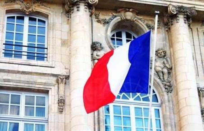 فرنسا تطالب روسيا بالمشاركة في جمع التبرعات للبنان
