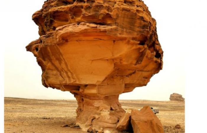 السعودية   رحالة سعودي يكتشف 250 معلماً طبيعياً و50 عقبة جبلية