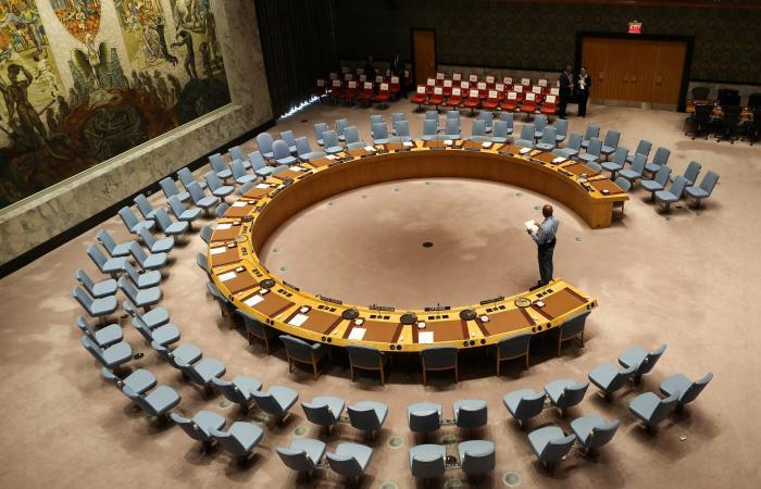 إيران | بوتين: الموقف يتصاعد بشأن تمديد حظر الأسلحة على إيران