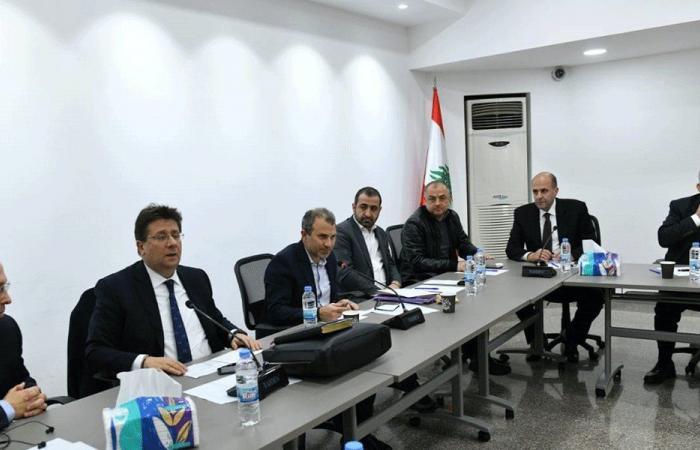 """""""لبنان القوي"""" للمطالبين بإسقاط عون: لا تعرفون التاريخ"""