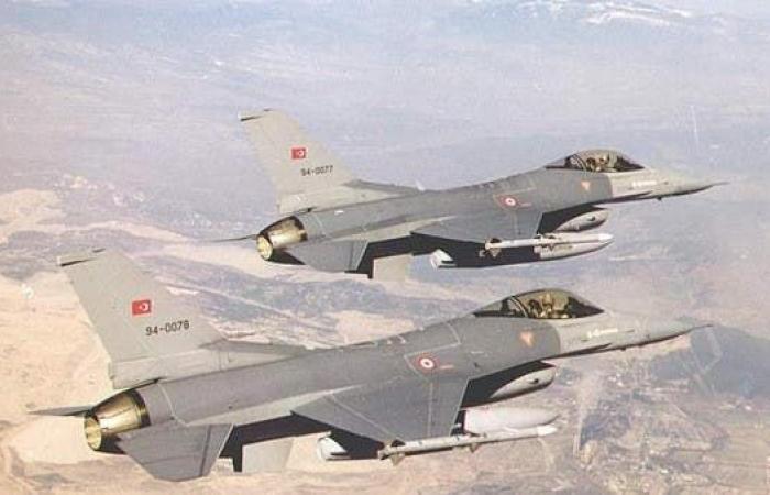 العراق | الطيران التركي يخترق أجواء العراق ويقصف موقعين شمال دهوك