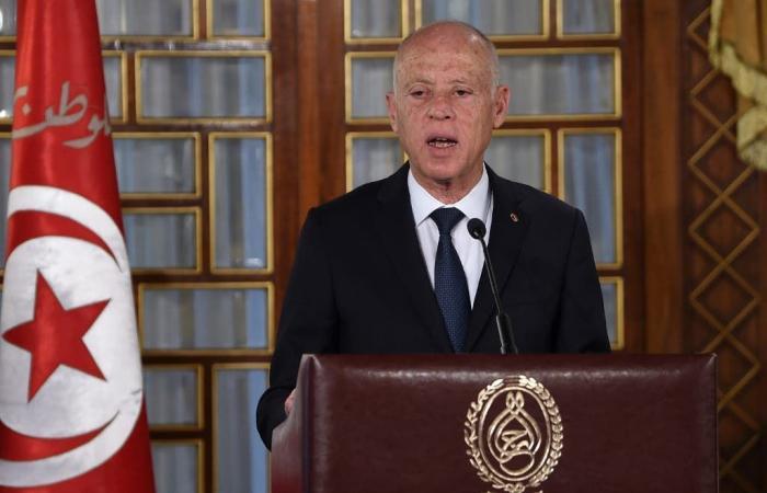 رجل أعمال وخبز مسمم.. تونس: لا مخطط لاغتيال الرئيس!