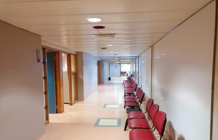 مستشفى الروم يعود إلى العمل الاثنين (صور)