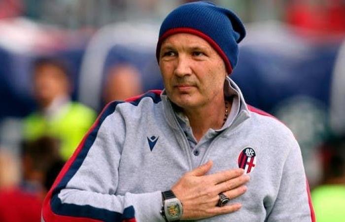إصابة ميهايلوفيتش مدرب بولونيا بفيروس كورونا