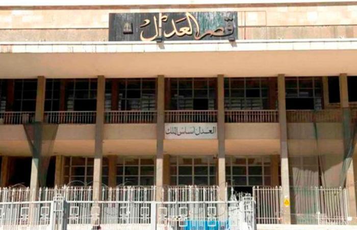 """تعقيم مبنيي قصر عدل بعبدا بعد إصابة موظف بـ""""كورونا"""""""