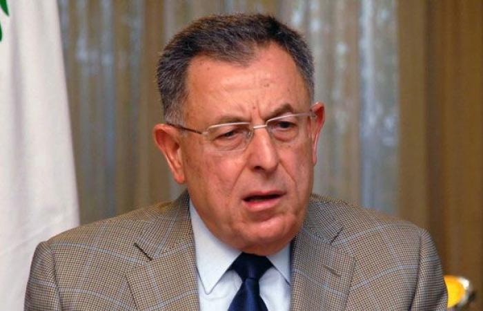 السنيورة: في حال فشل أديب هناك خطرا وجوديا على لبنان