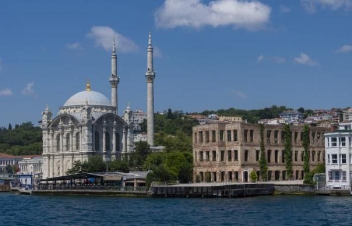 شراء أجنبي قياسي للعقارات التركية في أغسطس