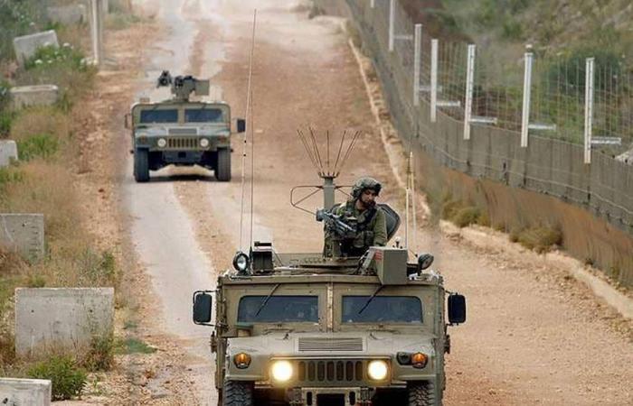 دبابتان اسرائليتان اجتازتا الشريط التقني عند تلة المحافر