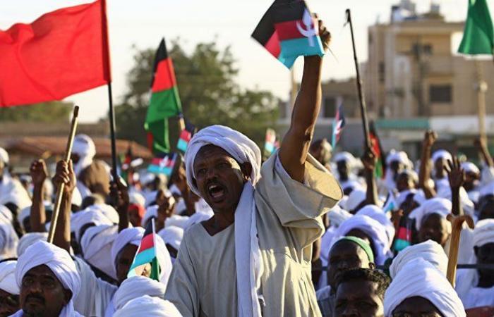 توقيف 41 شخصاً في السودان