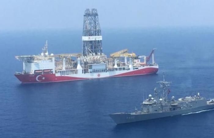 تركيا تعلن تمديد عمليات التنقيب عن النفط والغاز شرقي المتوسط