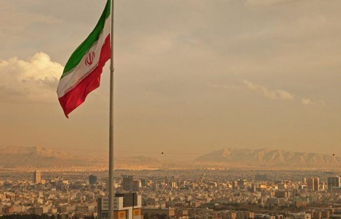 الحرس الإيراني: خطط لاحتلال قواعد أميركية