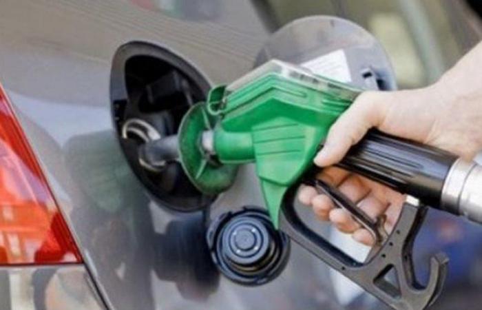 البنزين يهرّب الى سوريا والتنكة للمهرّب بـ6 دولارات ونصف