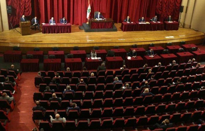 """النواب في الأونيسكو قريبا.. """"تشريع الضرورة"""" من دون حكومة؟"""