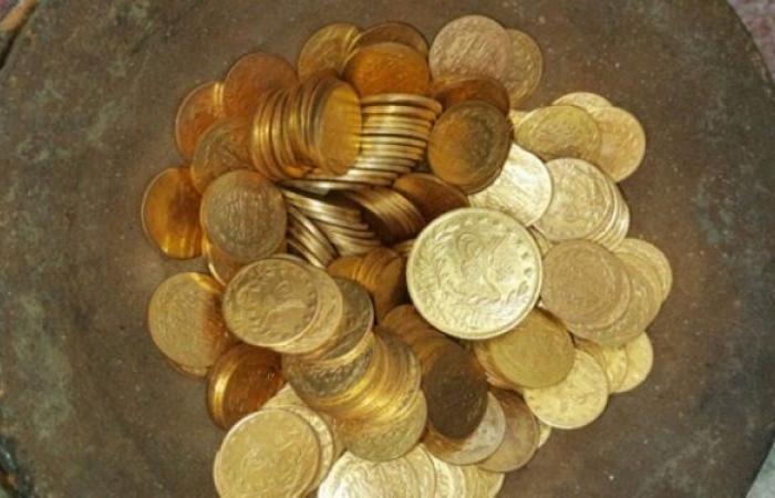 سوق ليرات الذهب والأونصات يزدهر