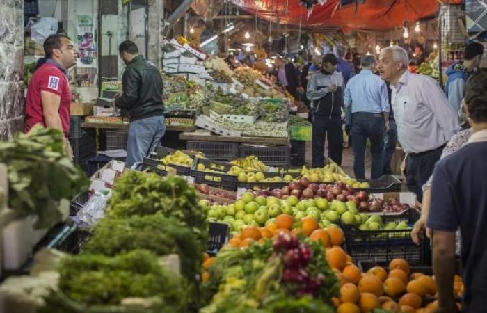 حكومة الأردن في مهب الريح: الشارع يتعجّل رحيلها بسبب تردي المعيشة
