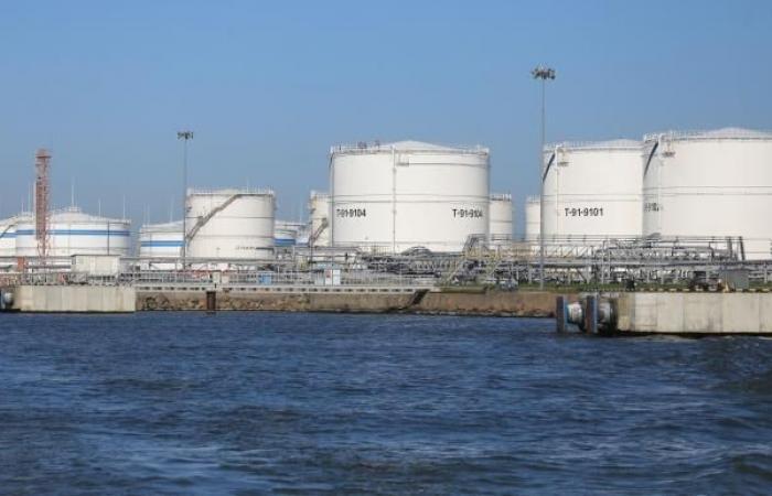 أسعار النفط تتجه لخسارة 3% هذا الأسبوع